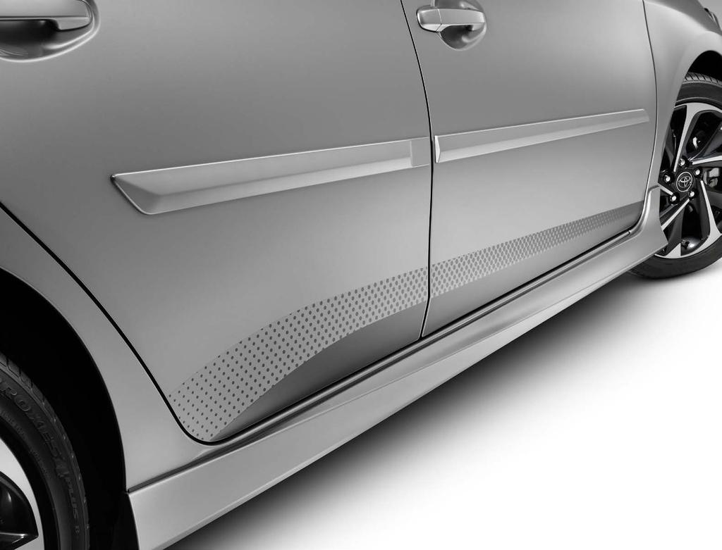 Body Side Moldings Help protect against careless door swings, runaway shopping carts and other parking lot mishaps. Streamlined to complement Corolla im s styling.