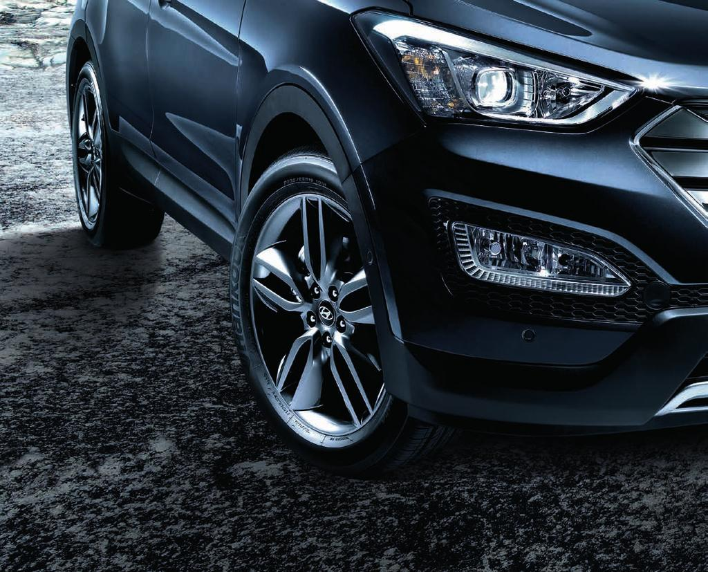 WHEELS Your Personality. Your Santa Fe. Enhance the striking Storm Edge design concept of your Santa Fe with your choice of dynamically styled alloy wheels.