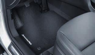 Not suitable for use when third row seats are in use. 5 seater 2W122ADE05 (MY12, MY15) 7 seater 2W122ADE07 (MY12) Textile floor mats, standard.
