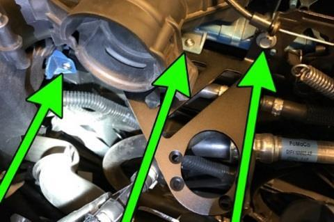 **FORD FOCUS ST MODELS ONLY** Reposition the controller to the LH side of the fan shroud.
