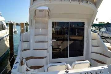 Transom door Molded steps to bridge Hull New bottom paint in December 2010 Waxed Quarterly Washed Bi-monthly Bottom cleaned monthly and