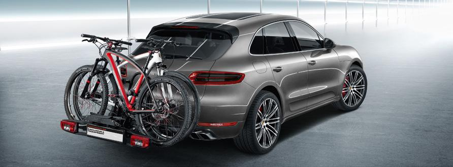 Up to three bike carriers can be mounted on the roof transport system. Executive or Panamera Turbo S Executive.