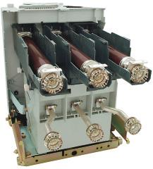 6 Maximum performances of the contactor with fuses Motors kw 1500 3000 5000 Transformers