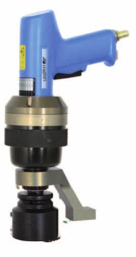 The key features of the LÖSOMAT Torque Multiplier are the small gear