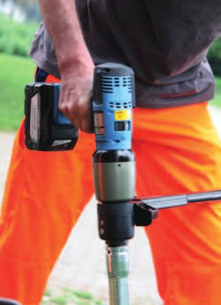 In conjunction with the LÖSOMAT air control unit, this torque wrench