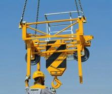 The quick-release jib and counter-jib fastenings make erecting work significantly easier.