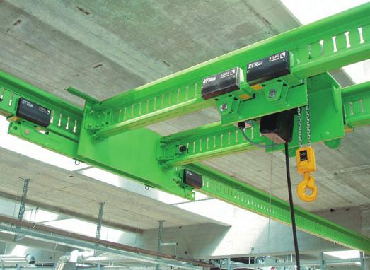 5 Complete small crane technology _ A production area has been equipped with four KT 2000 small cranes on two runways.
