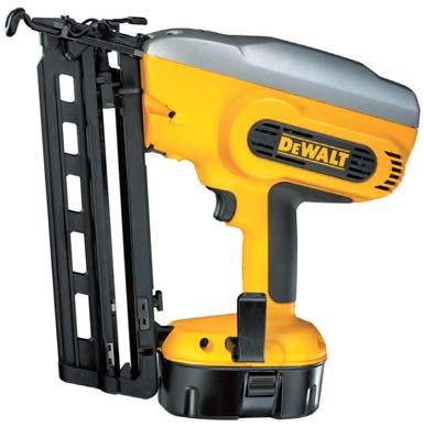 18V 18 Volt Heavy Duty 16 Gauge Cordless Nail Gun DC618KB/ DC618KN Versatility in the loading and unloading of fasteners - 20 degree angled magazine 120 nail capacity The tool works as fast as you do