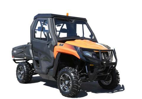ACCESSORIZE YOUR JLG UTV Get the most out of your utility vehicle with accessories from JLG. Tackle the roughest terrain in comfort with performance enhancing, quality options.