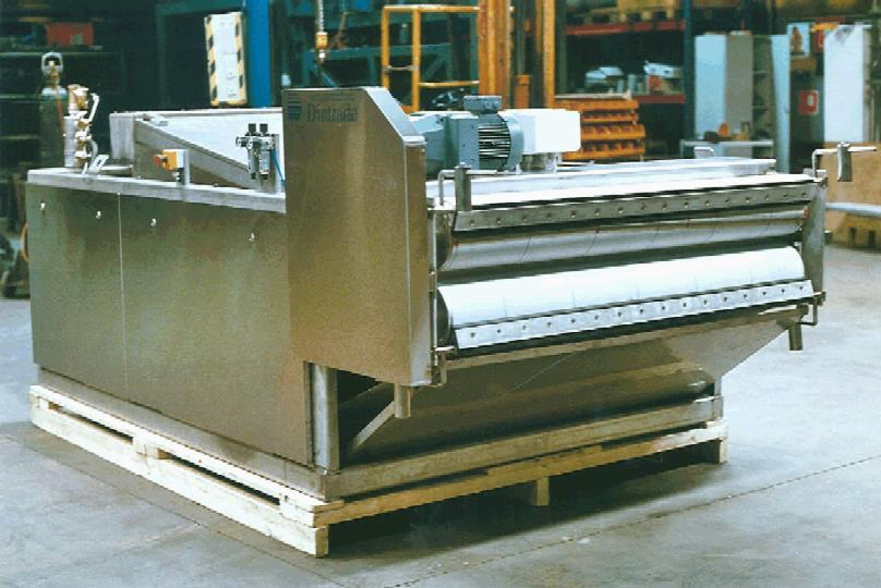 Belt Filter Presses EKOSEP -SERIES Filter Belt Presses are used for sludge dewatering at the domestic sewage treatment plants, in food processing industry, textile industry, at the tanneries, in pulp