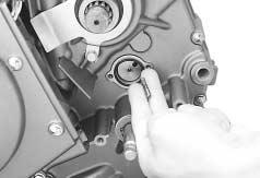 3-57 ENGINE Install the rear cylinder head and cylinder with the same manner which installed the front cylinder head and cylinder.