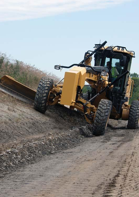All Wheel Drive (AWD) Expanded machine versatility If you work in soft underfoot conditions where traction can be a challenge, optional All Wheel Drive (AWD) can give you the