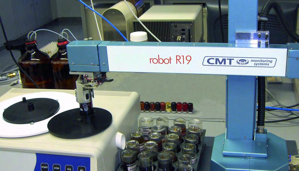 3. Robot R19 The Robot R19 is ideal for highly accurate, bench top handling of samples and is the perfect way to get more from your PQ device.
