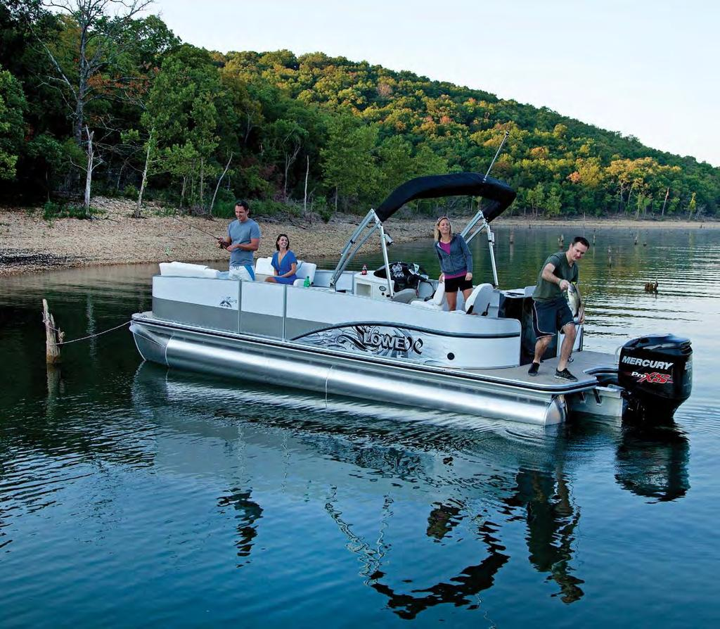 Add the optional fishing station with livewell and MotorGuide trolling motor