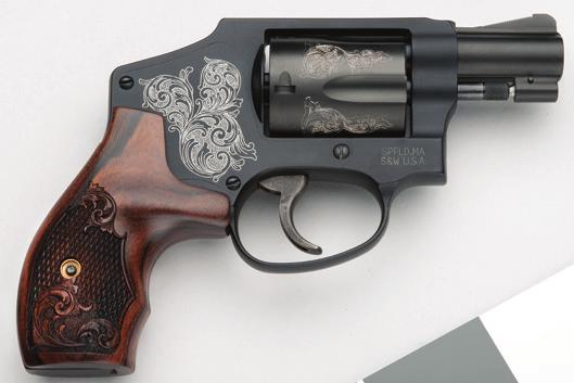 150783 150785 MACHINE ENGRAVING Smith & Wesson now offers machine-engraved fi rearms from our