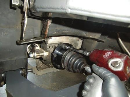 lower control arm 4WD: