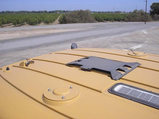 Safety Notes There are two styles of cab roof mounts depending on the tractor model.