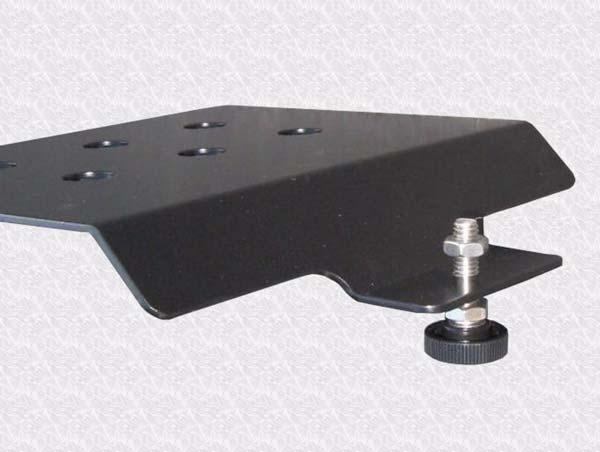 Challenger MT-600C Installation Procedure 2. Remove the three hex bolts holding the cap with a 10mm socket and ratchet. 3. Assemble both of the Roof Rail brackets as shown in Figure 2-4. 4.