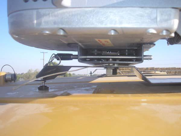 Challenger MT-600C Installation Procedure 18. Place the Roof Module on the Roof Rail 19.