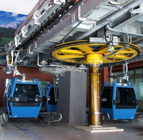 Depending on project-specifi c requirements, the LEITNER drive system is set up at the bottom or top station, designed as overhead or underground drive and used as drive or drive-tension station.