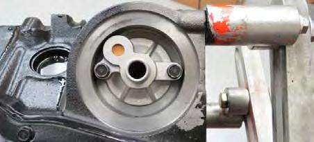 NOTE: Hardware should be installed as follows: Standard washer on oil pan surface, followed by split/star washer and then the bolt.