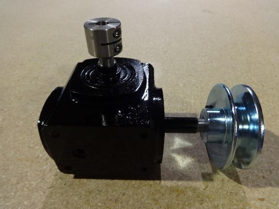 PUMP & GEARBOX GROUP 8 9,,,0 C0 Small idler