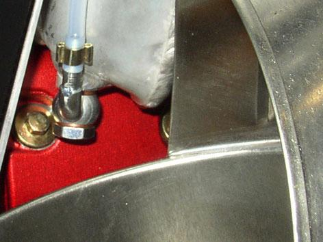 ENGINE Fit the blow-by hose. Fasten tie. Tighten the oil drain nut. Fill the tank with engine oil from the top filler.