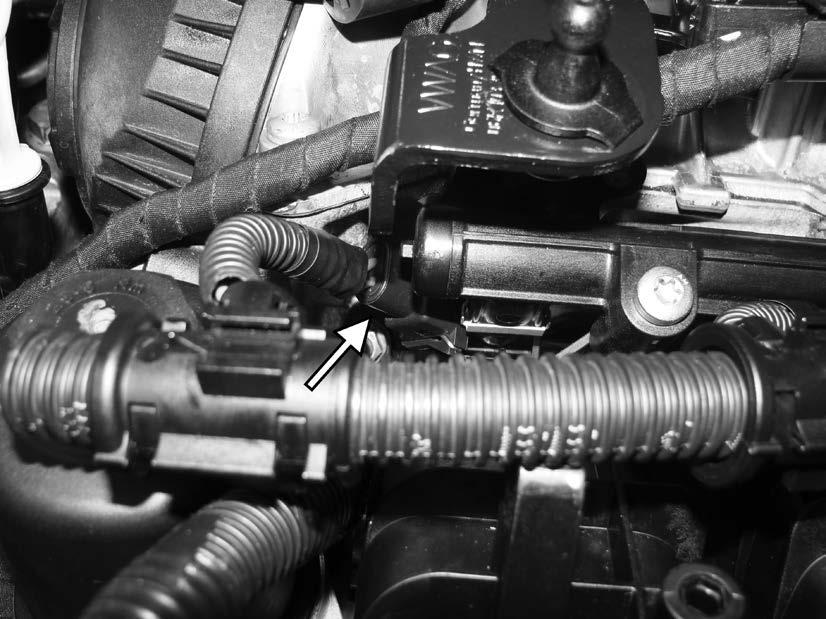 102) Install the electrical connector from the APR harness to the #1 fuel injector.