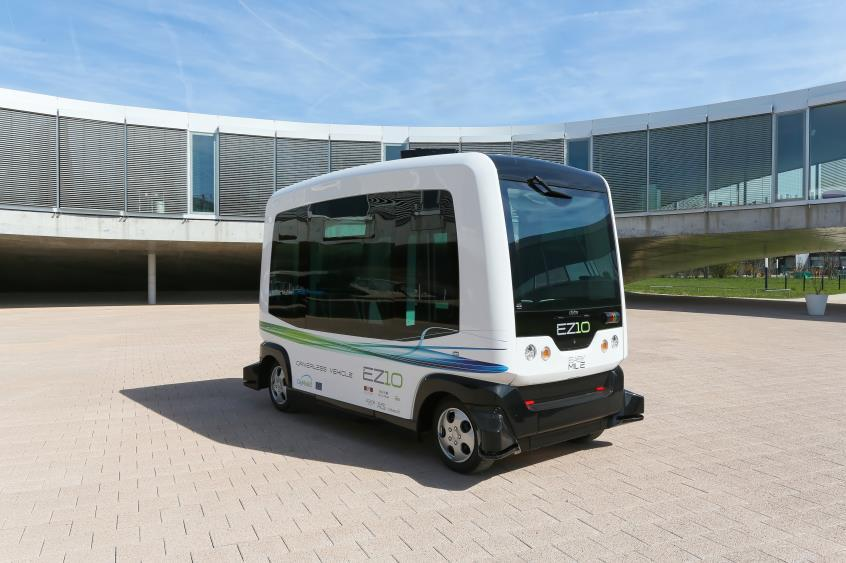 Driverless Vehicles in North America First Deployment