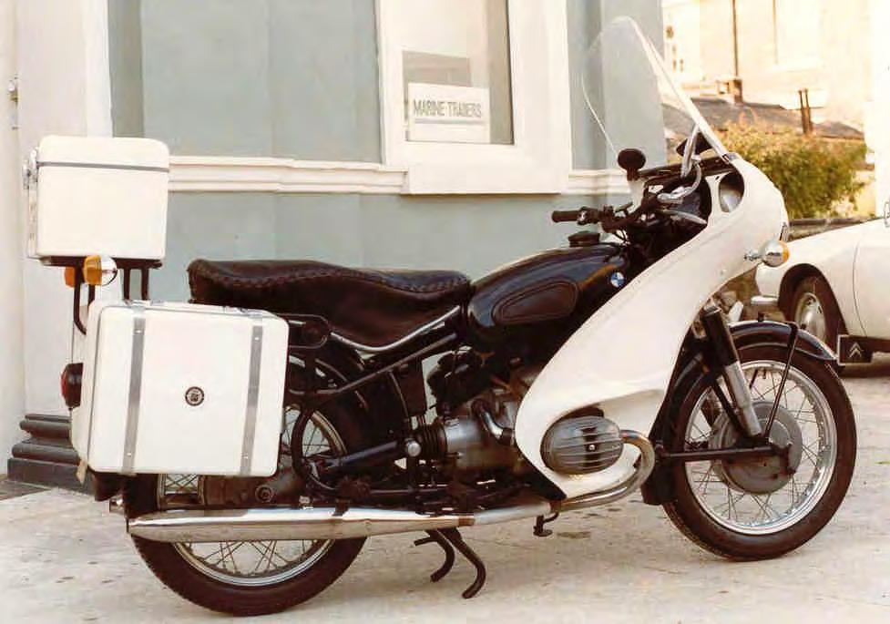 A Labour of Love The refurbishment of a 1973 long wheel base BMW R75/5 Why I carried out this project and how I did it Like many of us, I started riding motorcycles at an early age, passing my test