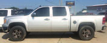 extended cab, 4x2, V-8, all power, air, 117,000 miles, 3200 will trade. 417-434-1950.