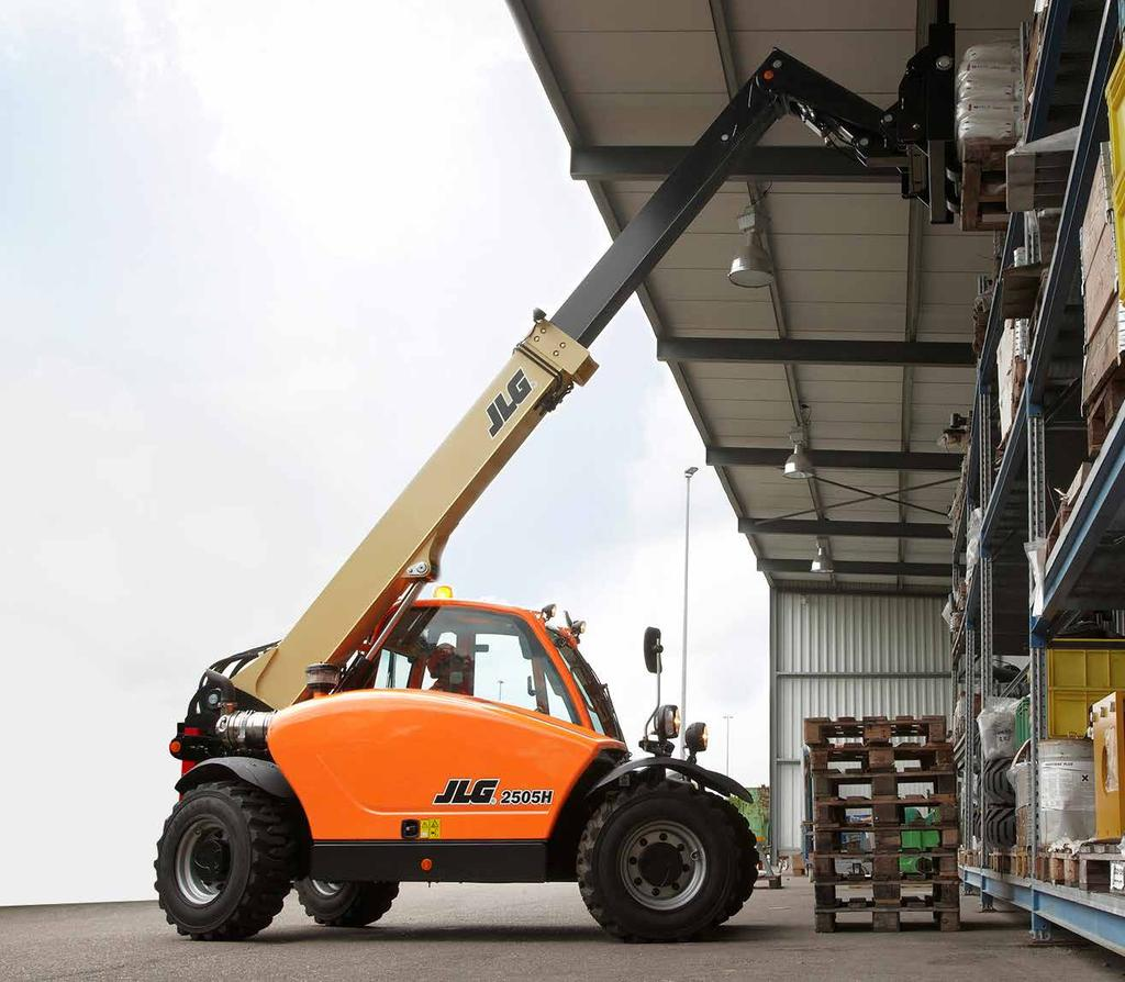 TELEHANDLER TALK WITH THE HEFF SUPER COMPACT 2505H THE JLG SUPER COMPACT 2505H TELEHANDLER HAS TIME-SAVING, INNOVATIVE FEATURES THAT REDUCE OPERATOR STRAIN AND HELP IMPROVE EASE OF USE AND SAFETY.