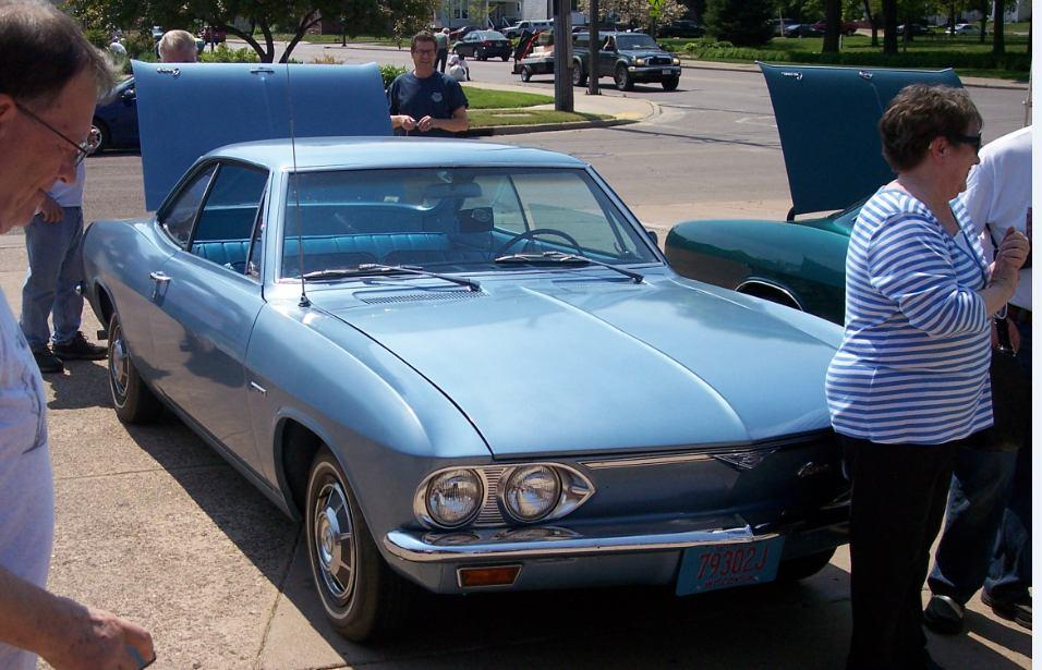 Don and Corvair owners from Eau
