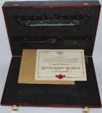 Lot 1014 1014 A Bachmann presentation box containing LNER lined green class B1 engine and tender Mayflower, with