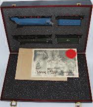 Lot 1018 1018 Bachmann Presentation OO Gauge Set, comprising 4-6-2 LNER 4468 Mallard Locomotive in pre-war outline with straight valance and a 4-6- 2