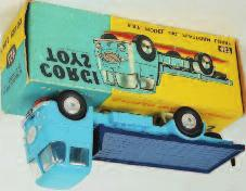 yellow special request box (NM-BVG) 80-100 1643 Corgi Toys, 457 ERF 44G platform lorry, light blue cab and chassis with dark blue back, flat