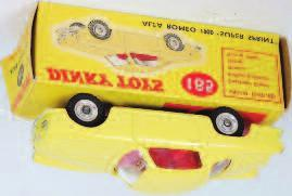 stone or earth moving dumper, Dinky toys road signs No. 47 set 1, and various other loose and playworn diecast 100-150 1992 Eight various Dinky toys window boxed diecast to include No.