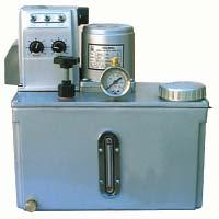8L (usable) Oil viscosity range 150~8000 ssu at operating temp. Discharge pressure: 60 psi max.